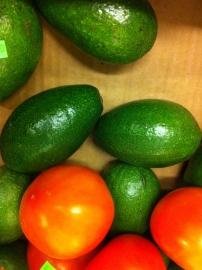 Avocado & turkish tomatoes