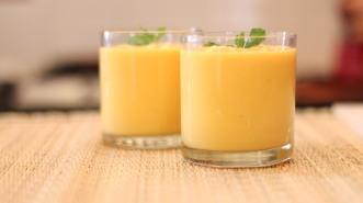 Mango_Lassi_Recipe_Yogurt_Fruit_Smoothie-1